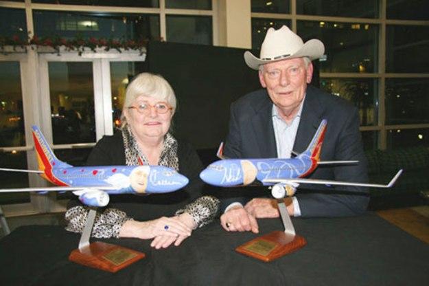 Colleen Barrett e Herb Kelleher, respectivamente, o coração e a alma da Southwest