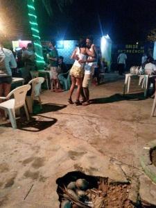"""Em São Luís reggae se dança """"agarradinho"""""""