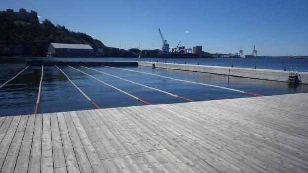 Sørenga Sjøbad, Havnepromenaden