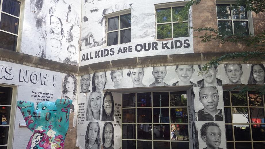 Sempre encontrando um Berlin Bär - Downtown Charlotte